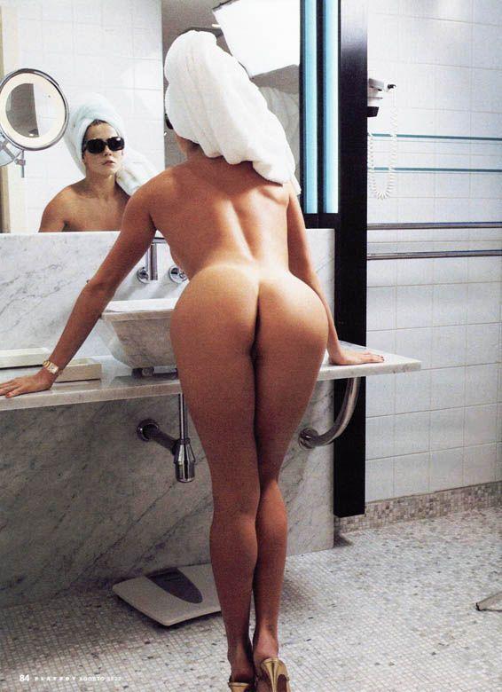 revista-playboy-Deborah Secco-Agosto-2002-editora-abril (11)