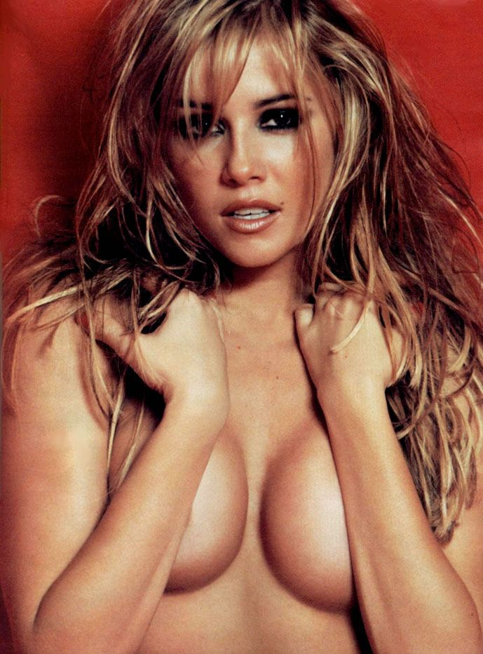 revista-playboy-Deborah Secco-Agosto-2002-editora-abril (7)