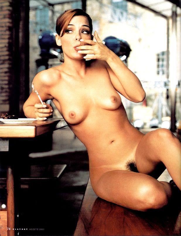 revista-playboy-Maryeva Oliveira -Agosto-2003-editora-abril (4)