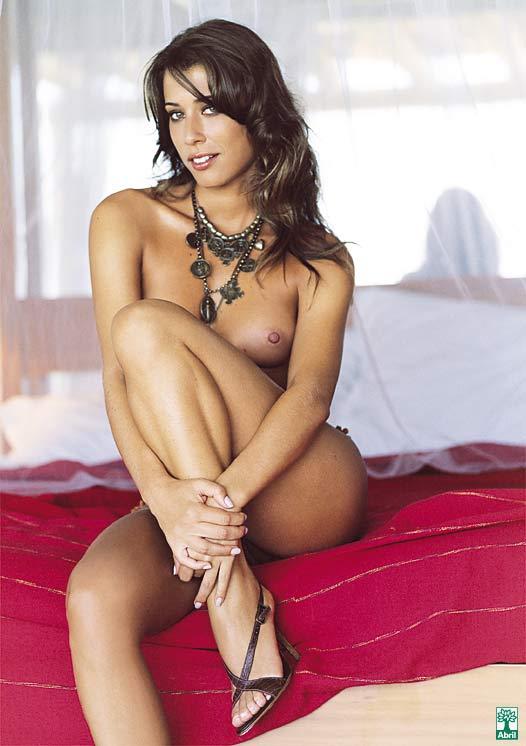 revista-playboy-Pietra Ferrari-Julho-2004-editora-abril (9)