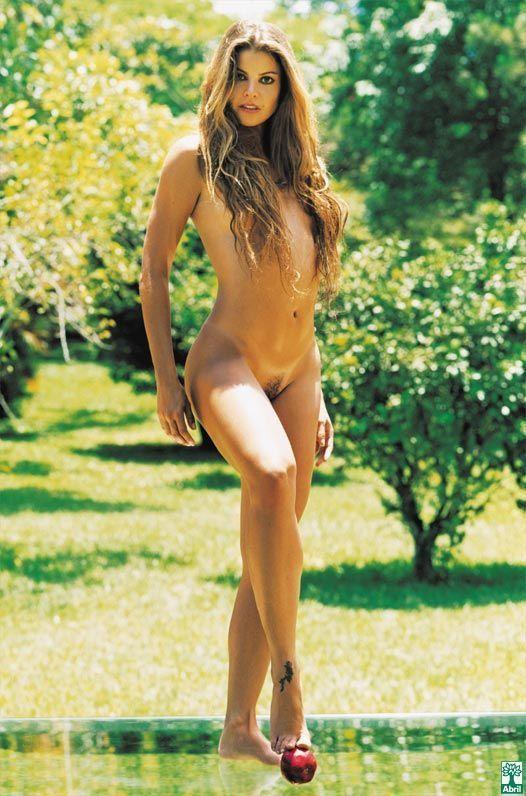 revista-playboy-Roberta Foster pelada na playboy -Janeiro-2006-editora-abril (3)