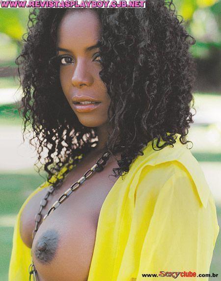 Adriana Bombom pelada
