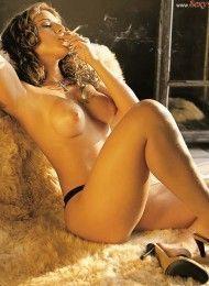 Daniela Freitas pelada na sexy – Novembro de 2001